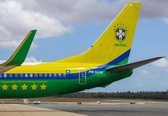 PR-GUM - GOL Transportes Aéreos  Boeing 737-800