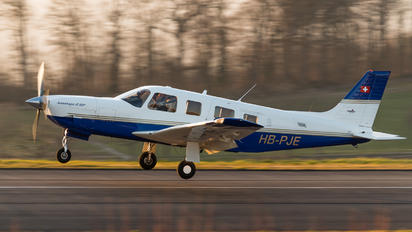 HB-PJE - Private Piper PA-32 Saratoga