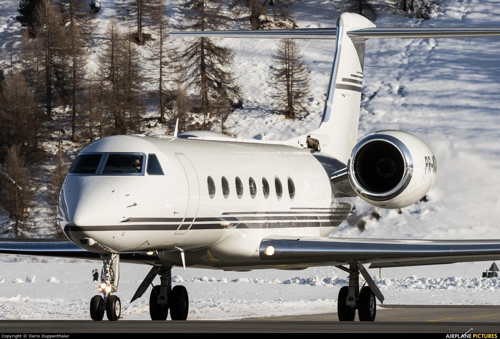 Private PR-WQY aircraft at Samedan - Engadin