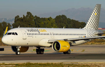 EC-NAZ - Vueling Airlines Airbus A320 NEO