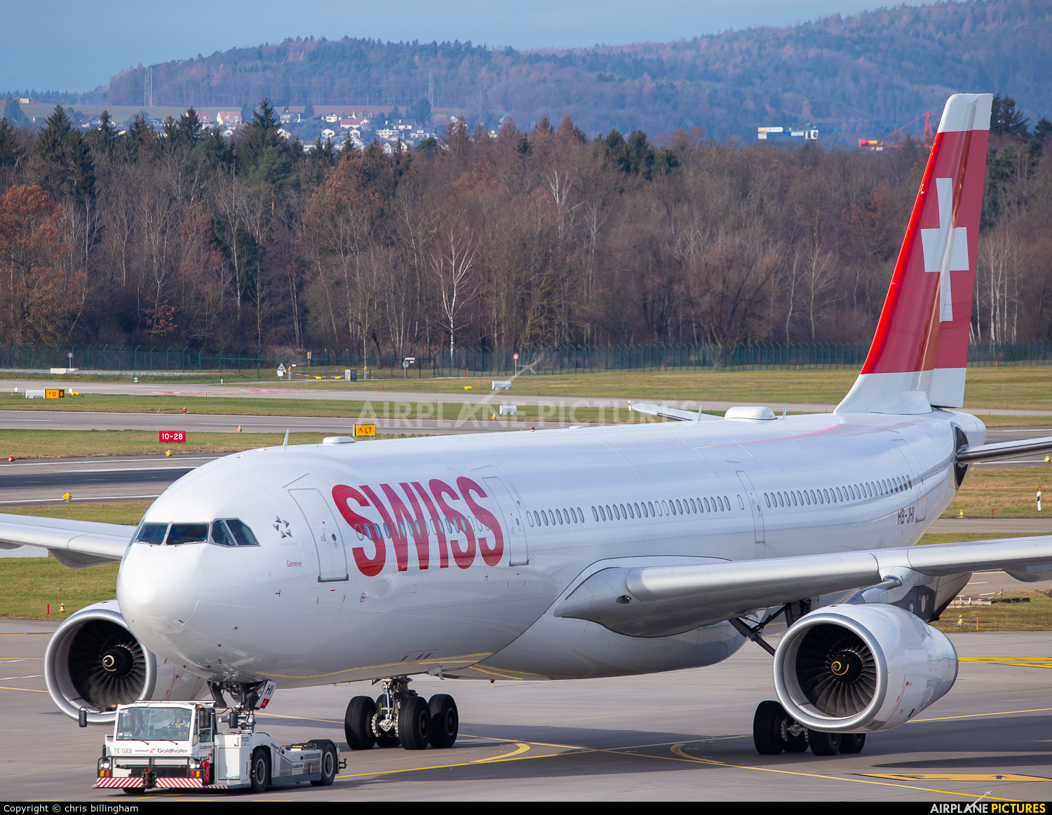 Swiss HB-JHI aircraft at Zurich