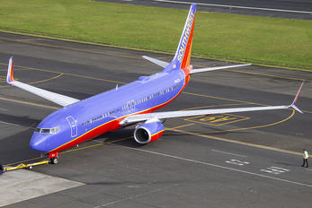 N8627B - Southwest Airlines Boeing 737-800