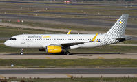 EC-MFK - Vueling Airlines Airbus A320 aircraft