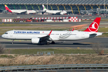 TC-LSG - Turkish Airlines Airbus A321 NEO