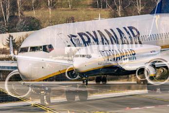 SP-RSW - Ryanair Sun Boeing 737-8AL(WL)
