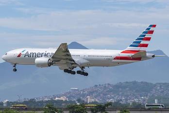 N779AN - American Airlines Boeing 777-200ER