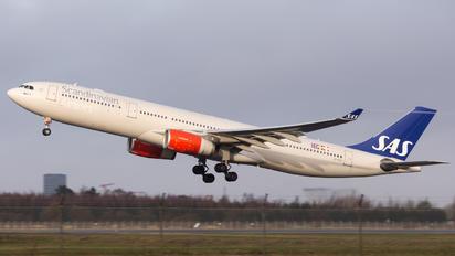 LN-RKN - SAS - Scandinavian Airlines Airbus A330-300