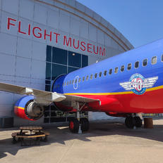 N300SW - Southwest Airlines Boeing 737-300
