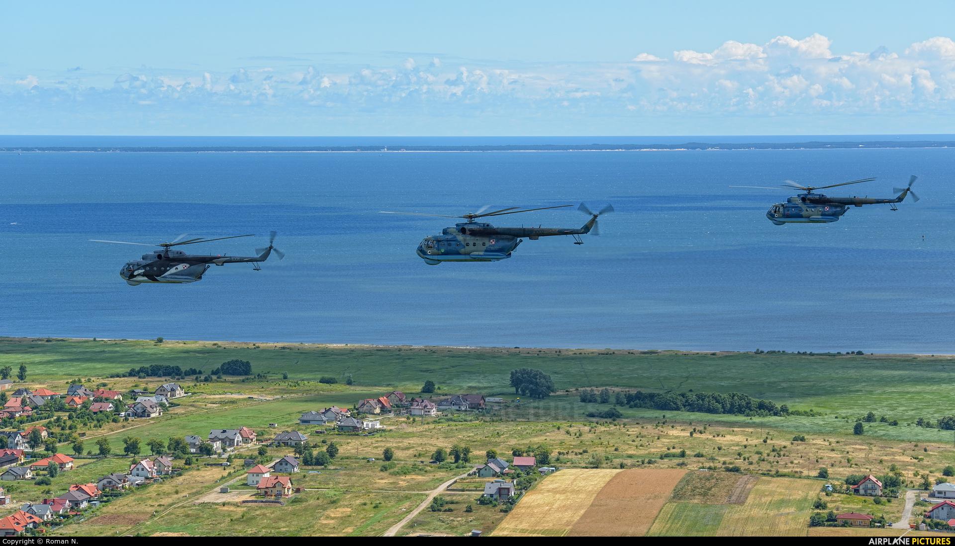 Poland - Navy - aircraft at Gdynia- Babie Doły (Oksywie)