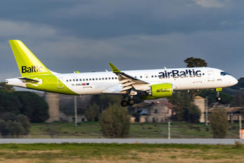 YL-AAU - Air Baltic Airbus A220-300
