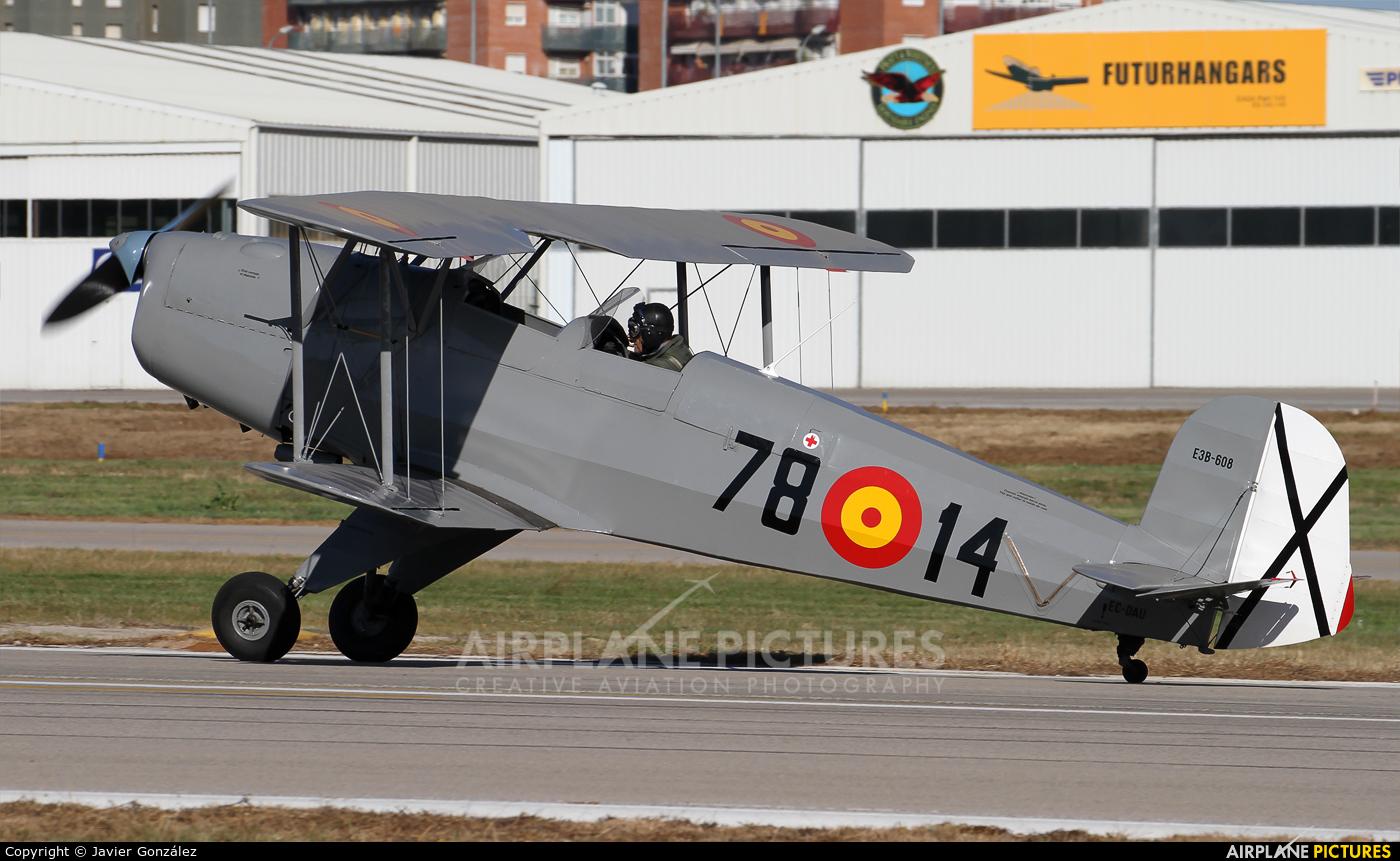 Private EC-DAU aircraft at Sabadell