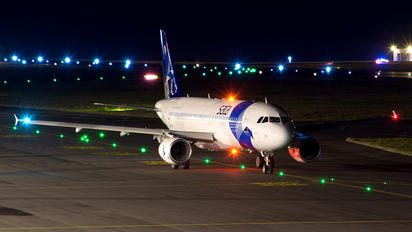 CS-TKK - SATA International Airbus A320