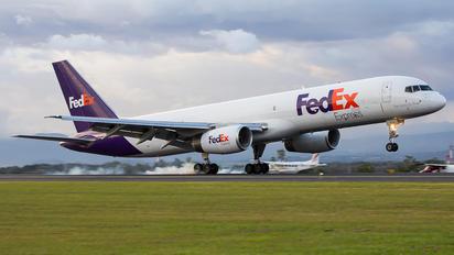 N938FD - FedEx Federal Express Boeing 757-200