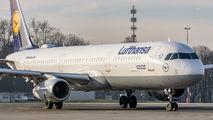 D-AIDM - Lufthansa Airbus A321 aircraft