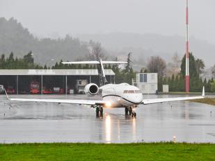 N102CF - Private Bombardier BD-700 Global Express