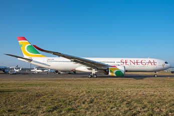 6V-ANB - Senegal - Government Airbus A330-900