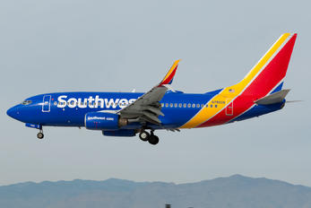 N7860A - Southwest Airlines Boeing 737-700