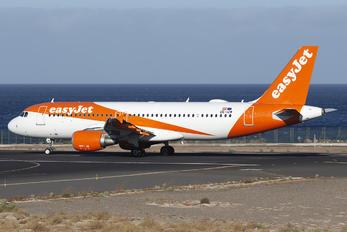 OE-IZW - easyJet Europe Airbus A320
