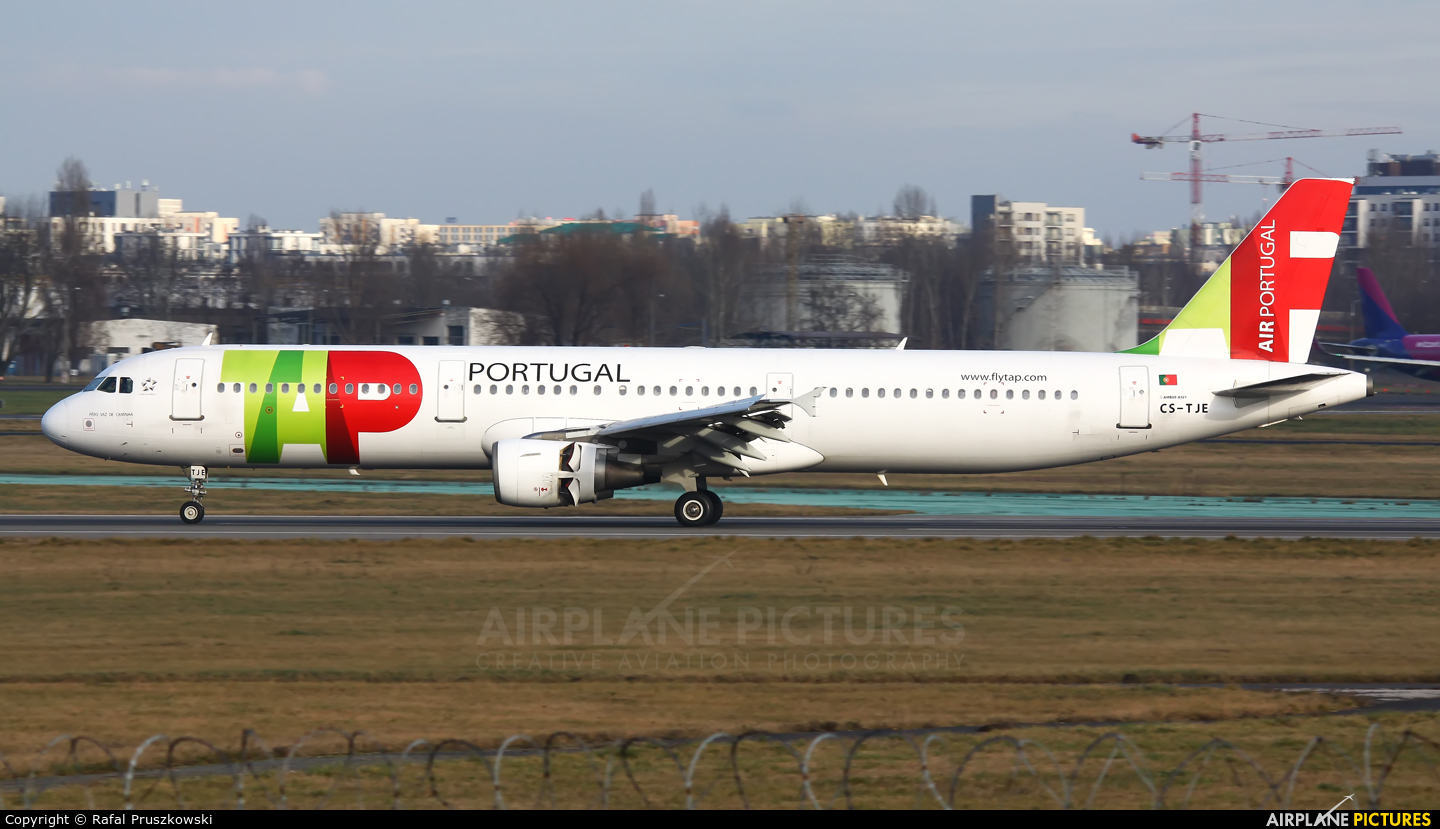TAP Portugal CS-TJE aircraft at Warsaw - Frederic Chopin