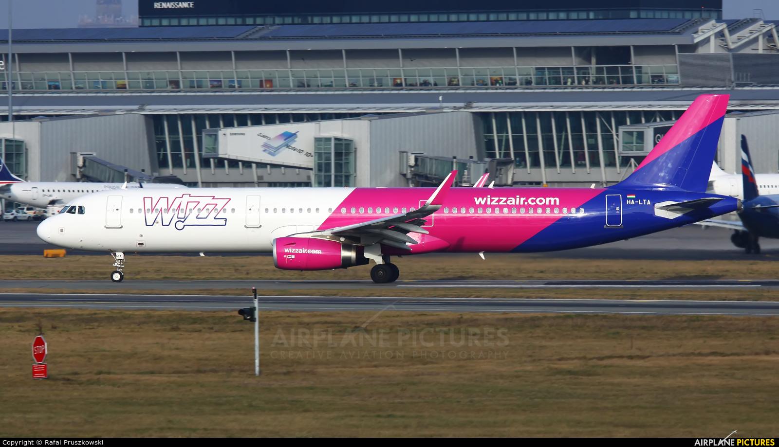 Wizz Air HA-LTA aircraft at Warsaw - Frederic Chopin
