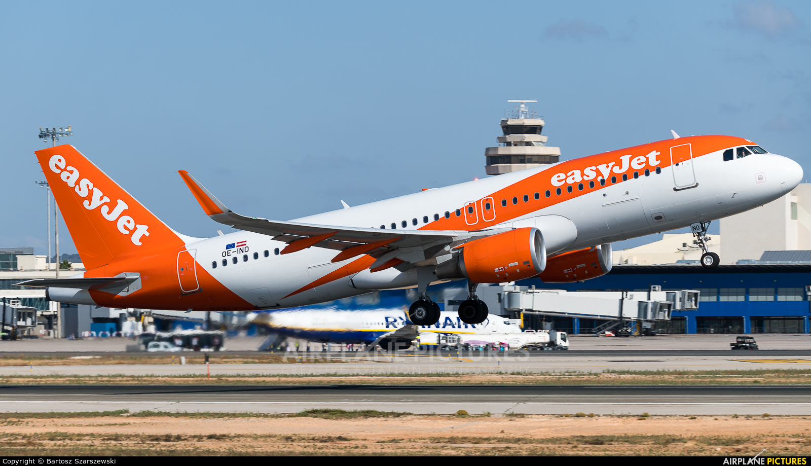 easyJet OE-IND aircraft at Palma de Mallorca