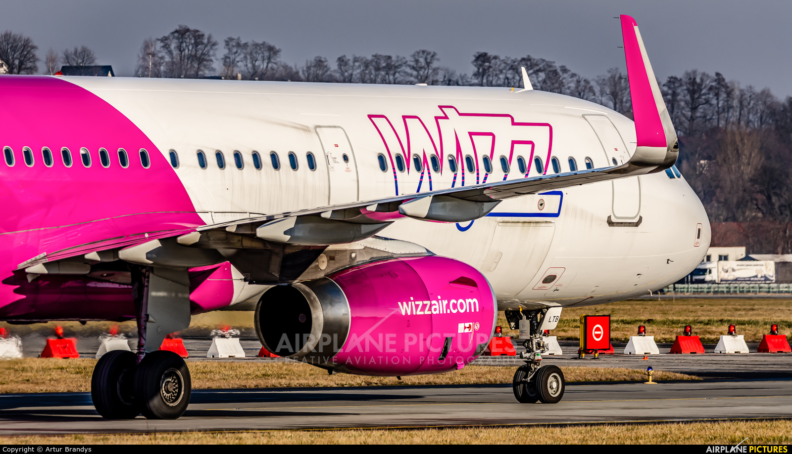 Wizz Air HA-LTB aircraft at Kraków - John Paul II Intl