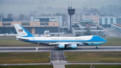 92-9000 - - Airport Overview - Airport Overview - Overall View