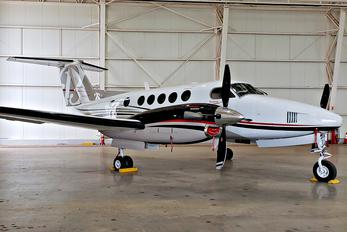 N157HC - Private Beechcraft 250 King Air