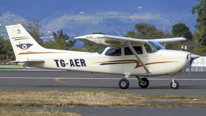 TG-AER - Private Cessna 172 Skyhawk (all models except RG)