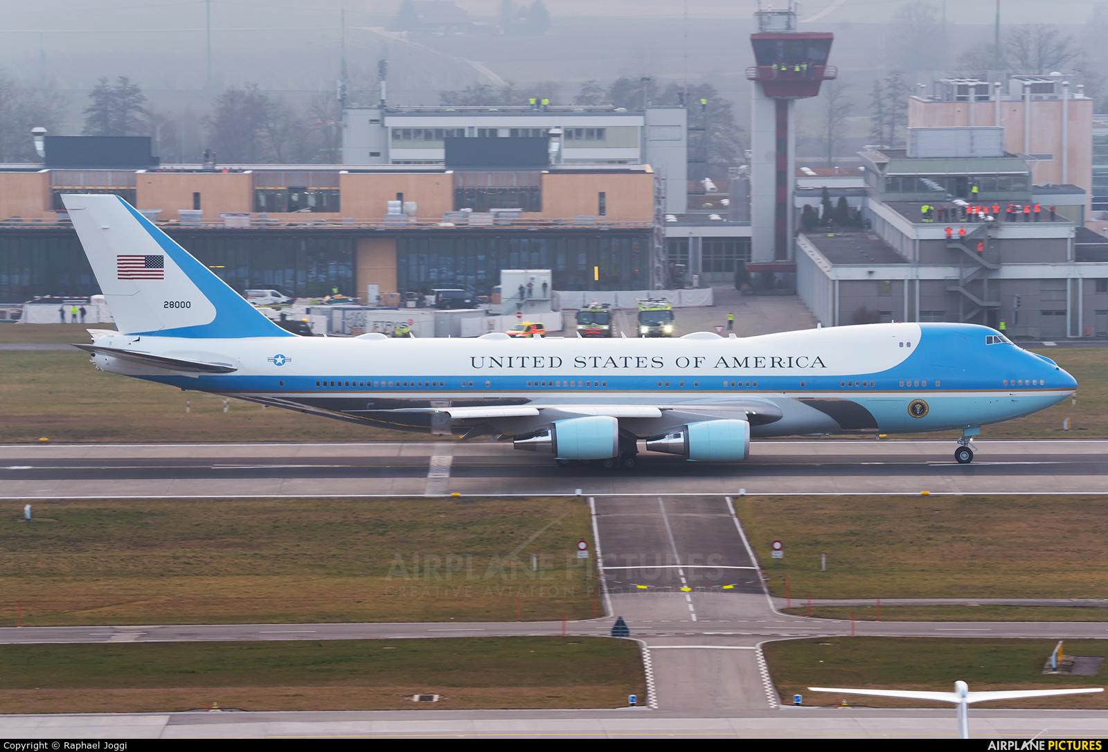 USA - Air Force 82-8000 aircraft at Zurich