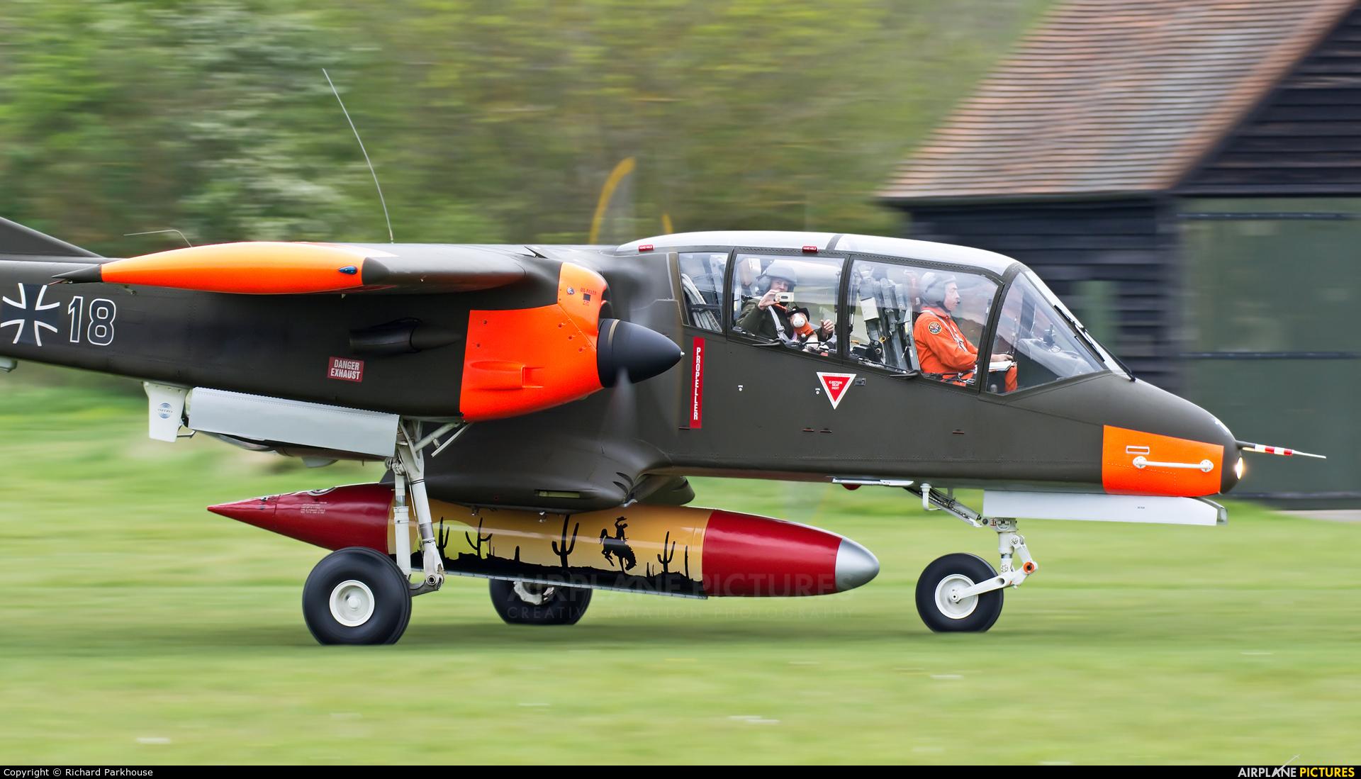 Bronco Demo Team G-ONAA aircraft at Old Warden