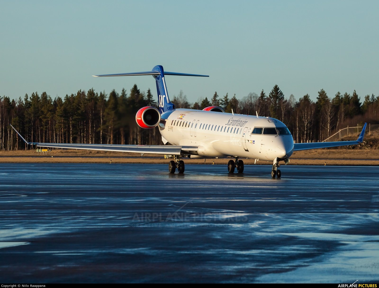 SAS - Scandinavian Airlines EI-FPE aircraft at Turku