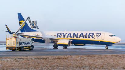 SP-RKF - Ryanair Sun Boeing 737-800