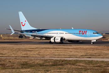 G-TAWI - TUI Airways Boeing 737-800