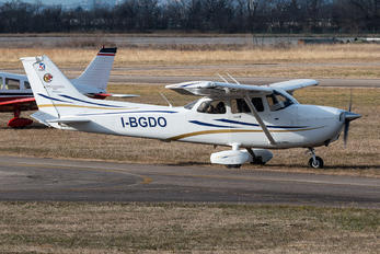 I-BGDO - Private Cessna 172 Skyhawk (all models except RG)