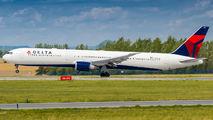 N835MH - Delta Air Lines Boeing 767-400ER aircraft