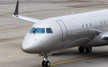 N527AH - Lineage Asset Company Embraer ERJ-190-100 Lineage 1000