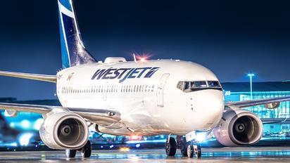 C-FWSF - WestJet Airlines Boeing 737-700