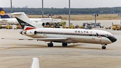 N8891Z - Delta Air Lines Boeing 727-200