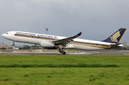 9V-SSG - Singapore Airlines Airbus A330-300 aircraft