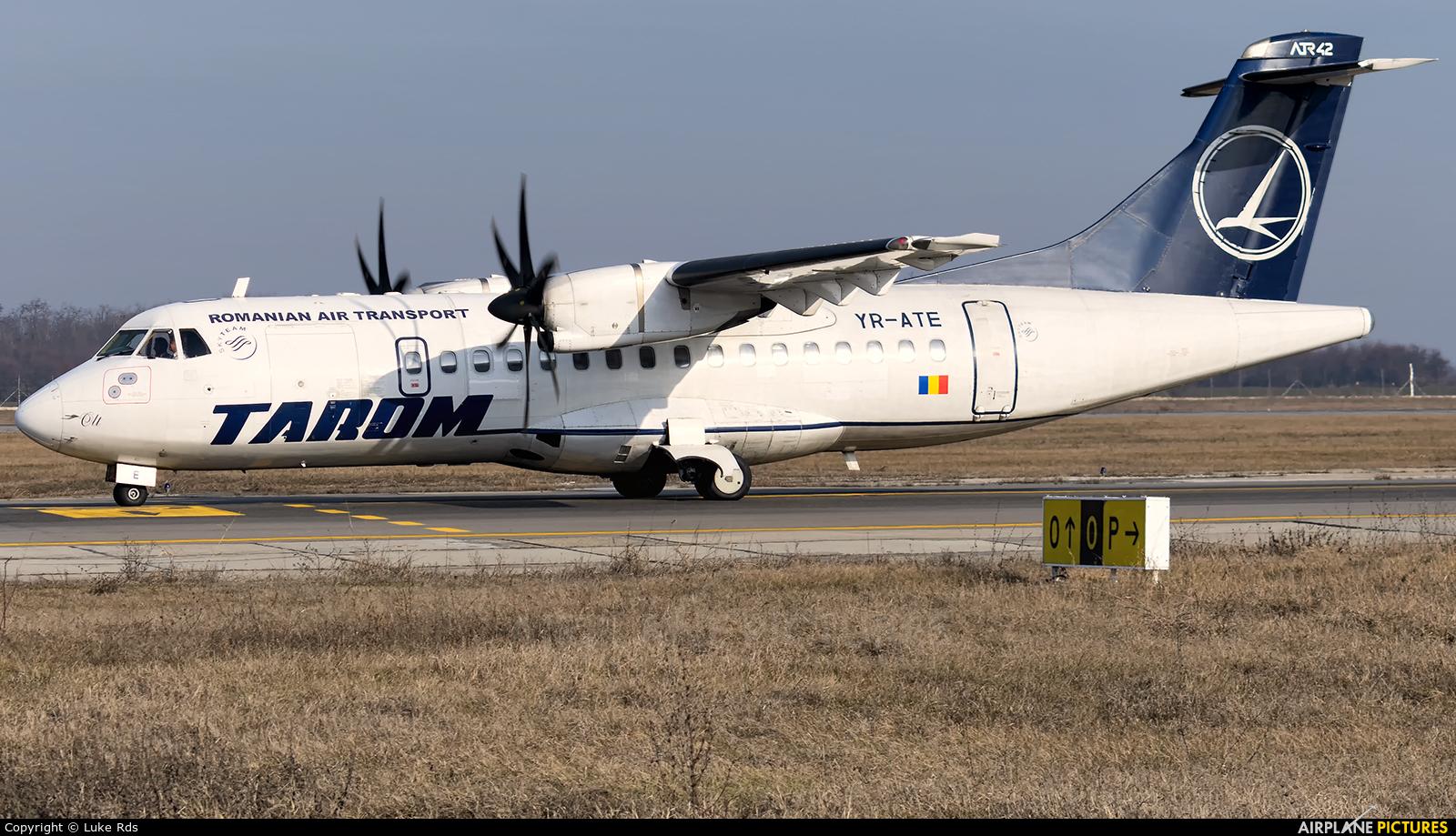 Tarom YR-ATE aircraft at Bucharest - Henri Coandă