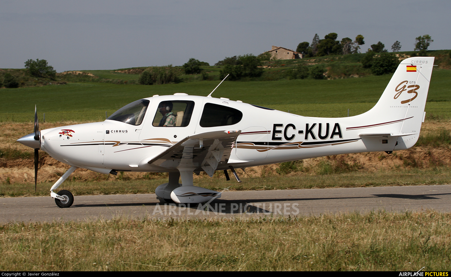 Private EC-KUA aircraft at Igualada - Odena