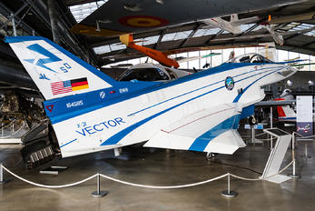 164585 - USA - Navy Rockwell-MBB X-31A