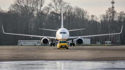 SP-RKB - Ryanair Sun Boeing 737-8AS