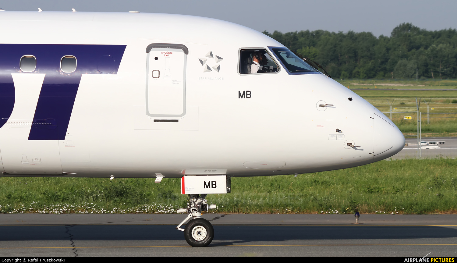 LOT - Polish Airlines SP-LMB aircraft at Warsaw - Frederic Chopin