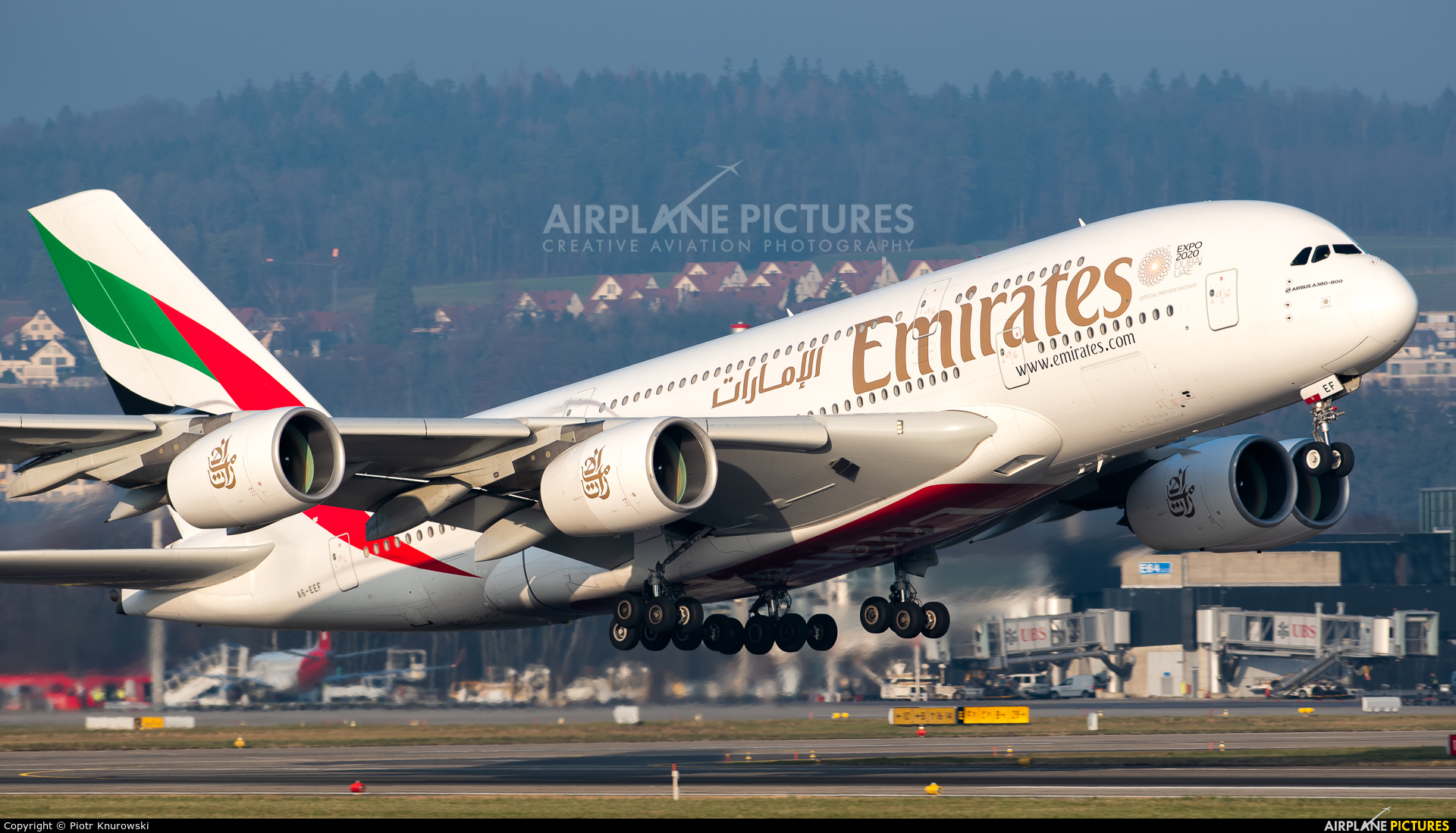 Emirates Airlines A6-EEF aircraft at Zurich
