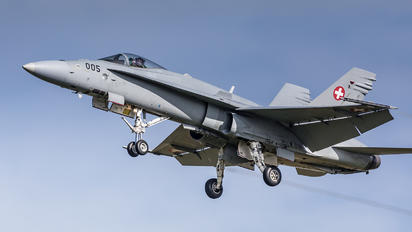 J-5005 - Switzerland - Air Force McDonnell Douglas F-18C Hornet