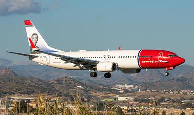EI-FVZ - Norwegian Air International Boeing 737-800