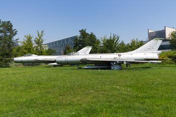 807 - Poland - Air Force Sukhoi Su-7BKL