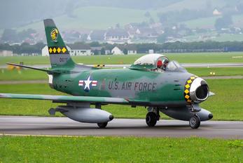 FU-675 - Privajet North American F-86 Sabre